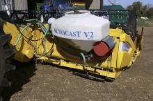 Autocast V2. Spredning af efterafgrøder sker samtidig med høsten. Det sikrer hurtig og sikker fremspiring uden ekstraarbejde.