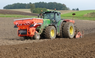 KUHN TF 1500 fronttank for startgødning via Seedflex Ferti systemet