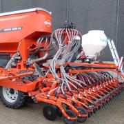 KUHN ESPRO 4000 RC Place med Techneat frøsåmaskine